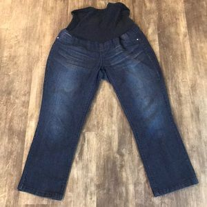 Denim - Maternity jean cropped jeans over belly band